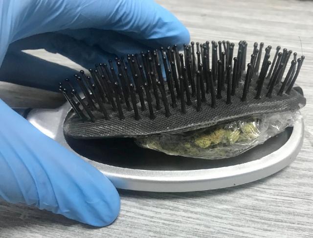 Marihuana u cetki za kosu 09 07 2018 Batrovci