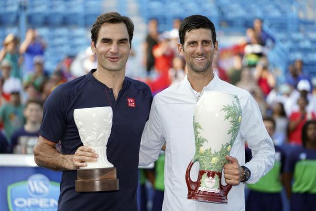 Rodzer Federer i Novak Djokovic/Fonet