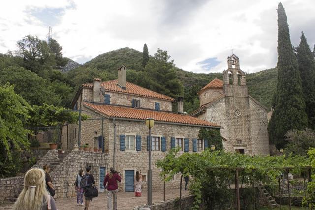 manastir praskvica 1