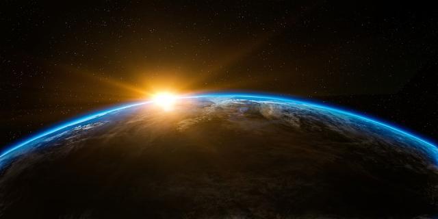 Svemir, Zemlja  Foto pixabay.com