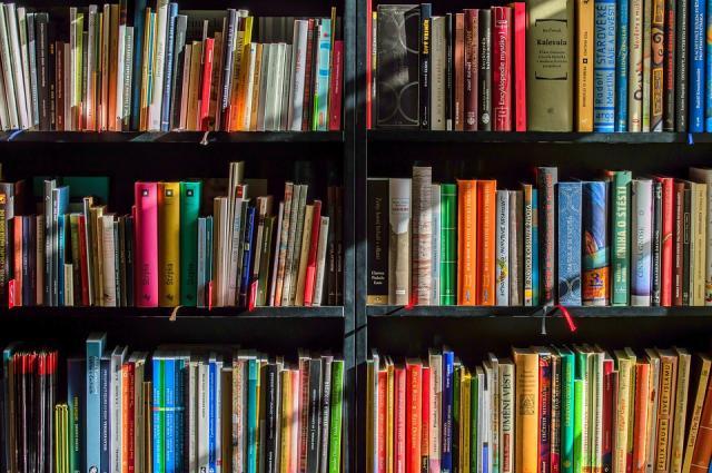 knjige, biblioteka, pixabay