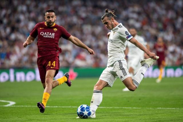 LŠ : Bejl postiže drugi gol za Ral u meču protiv Rome Foto: EPA-EFE/Rodrigo Jimenez