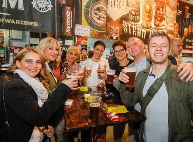 Posetici uživali u sjajnom muzičkom programu i ukusima preko 200 različitih piva Foto: Dnevnik.rs/R. Hadžić