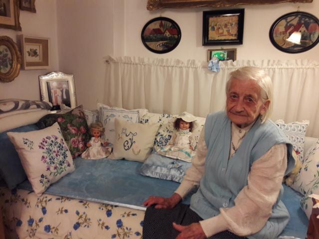 Новосађанка Илона Ковач прославља 104. рођендан