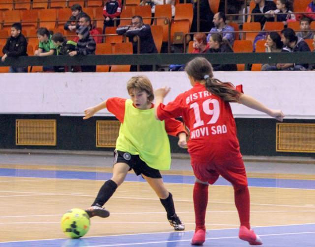 Devojcice na Dnevnikovom turniru/D. Ivanic