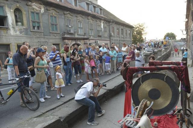 """Festival Uličnih svirača odlično se uklopio u Podgrađe Foto: """"Korzo Portal"""""""