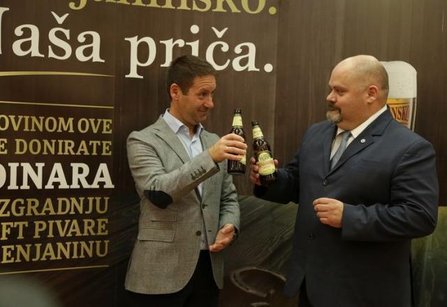Za kraft pivaru dva dinara od svake flaše Foto: Dnevnik.rs