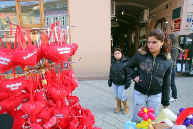 Pokloni za Dan zaljubljenih Foto: Dnevnik.rs