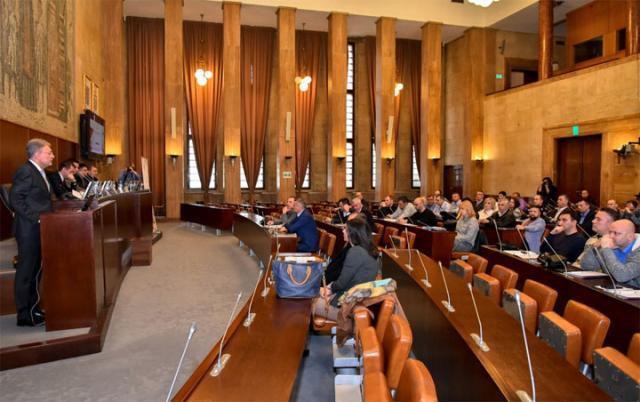 Diskusija o saobracaju/Pokrajinska vlada
