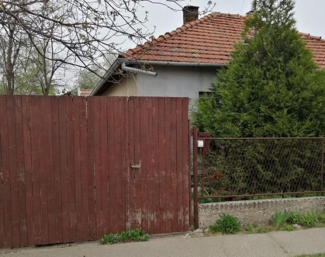 Eksplozija se dogodila u porodičnoj kući na adresi Ksavera Šandora Đalskog u Subotici Foto: S.Iršević