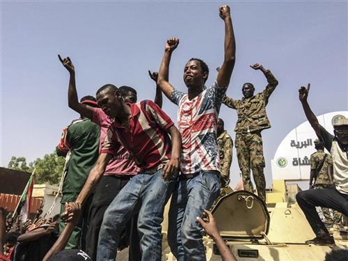 Protesti u Sudanu Foto: AP Photo
