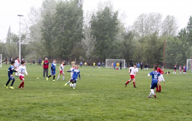 humanitarni fudbalskiTurnir04_RHA