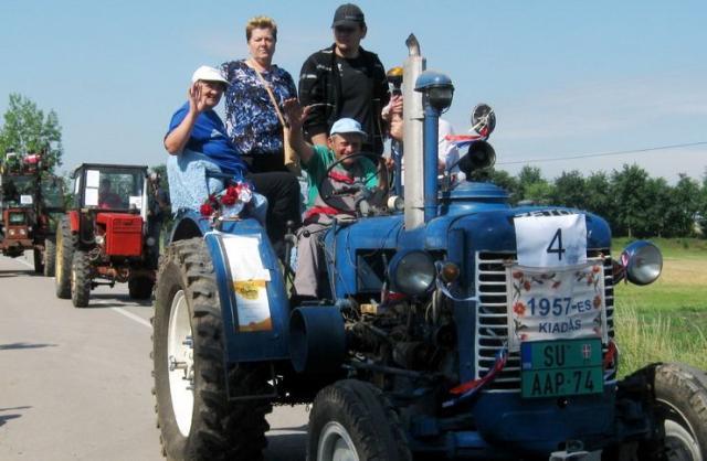 Festival traktora u Trešnjevcu Foto: Dnevnik.rs