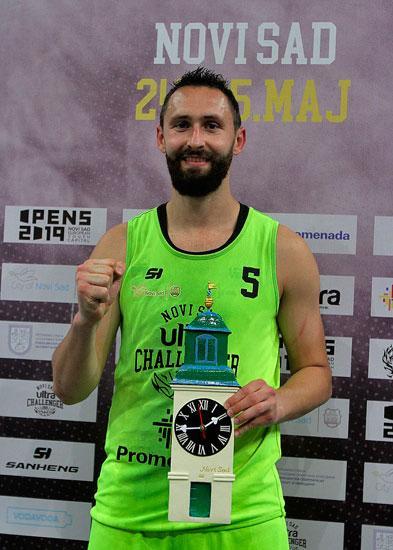 Dejan Majstorovic/F. Bakic