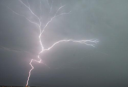 Oluja, nevreme/F. Bakić