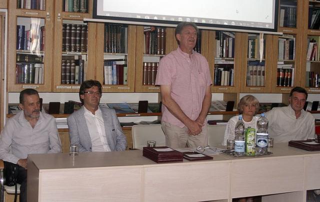 Uručene zahvalnice u Gradskoj biblioteci Foto: Dnevnik.rs