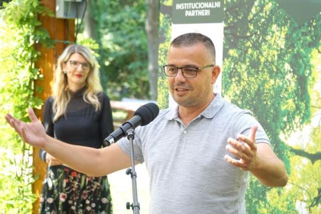 """Nedimović na početku najveće akcije sadnje stabala u Srbiji, """"Zasadi drvo"""" Foto: Tanjug/D. Kujundžić"""