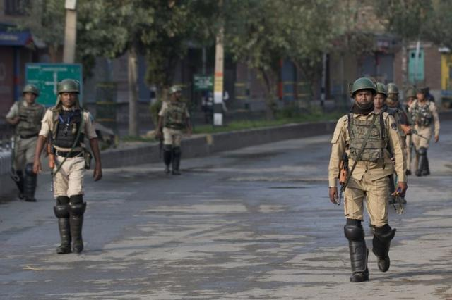 Indijske paravojne formacije u Kašmiru Foto:  AP Photo/Dar Yasin