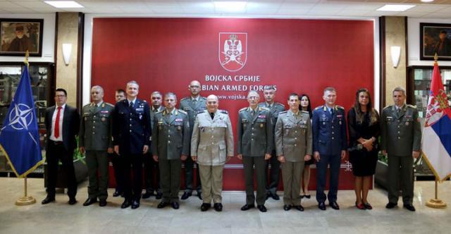 General NATO Pič sa Vojskom Srbije/Fonet/Vojska Srbije