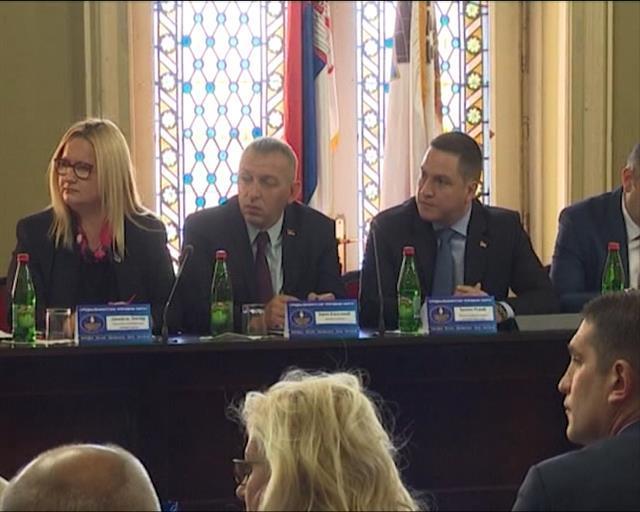 Ružić u poseti Zrenjaninu Foto: Tanjug/video