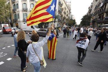Širom Katalonije protesti protiv osuđujućih presuda Foto: screenshot/twitter