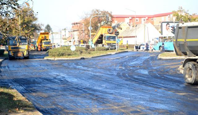 Petrovaradin asfaltiranje 2