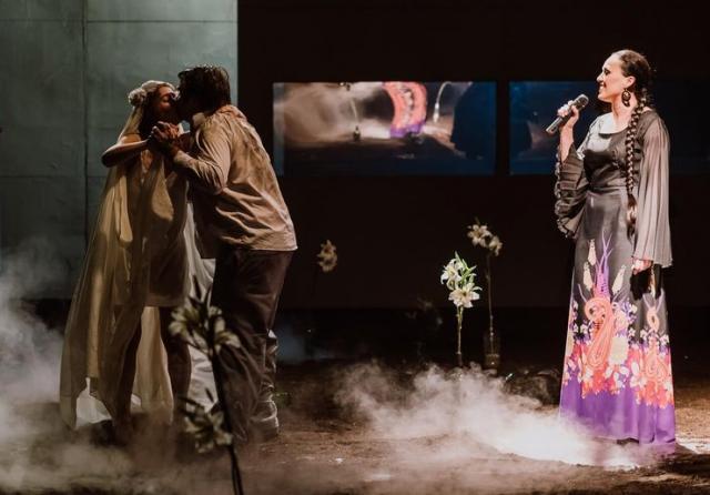 """Iz predstave """"Pijanci"""" Mađarskog nacionalnog pozorišta iz Rumunije Foto: privatna arhiva"""