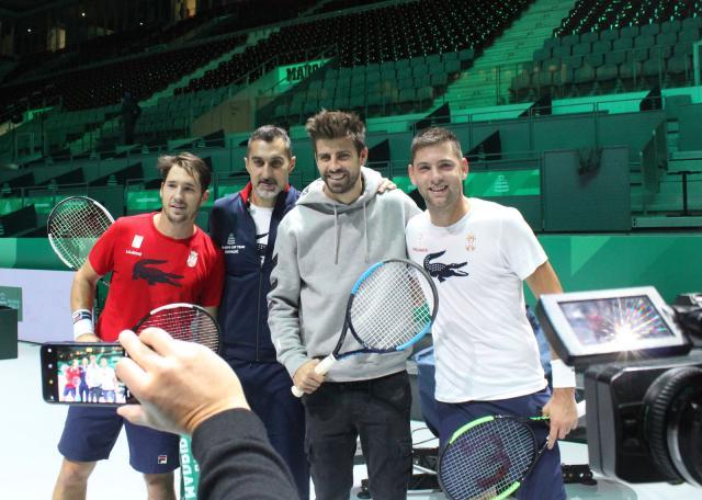 Pike posetio srpske tenisere u Madridu Foto: Tanjug