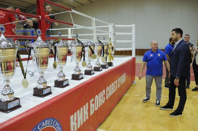 Udovičić posetio kik-boksere, osvajače 15 medalja na SP Foto: Tanjug/T. Valić