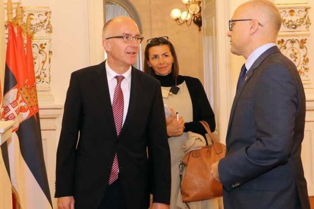 Gradonačelnik Miloš Vučević primio je ambasadora Savezne Republike Nemačke Nj. E. Tomasa Šiba Foto: novisad.rs