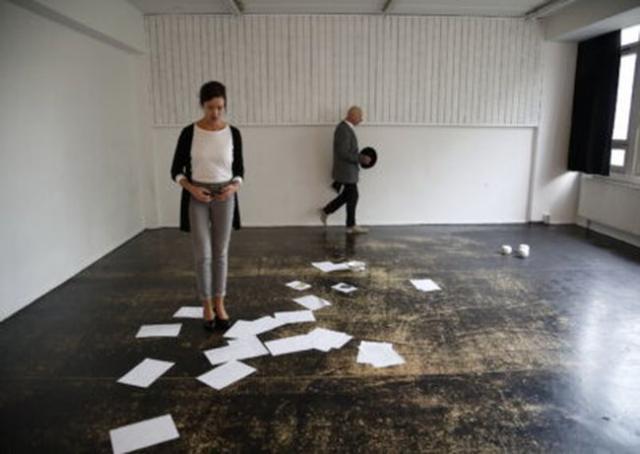 """""""Kompenzacija"""" u koprodukciji trupe """"Multikultural siti"""" i Novosadskog pozorišta   Foto: promo Sinerdži"""