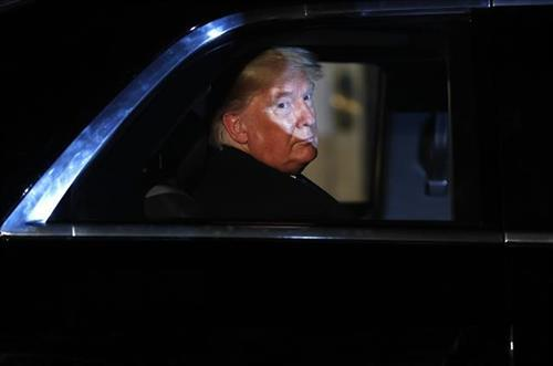 Američki predsednik Donald Tramp Foto: AP Photo/Alastair Grant, Pool