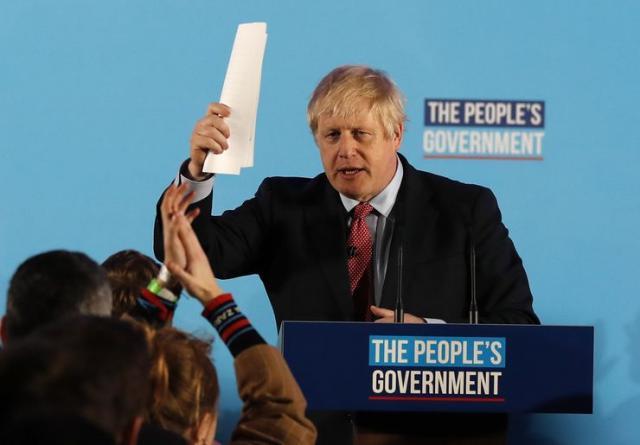 Boris Džonson posle ubedljive pobede na izborima Foto: AP Photo/Frank Augstein