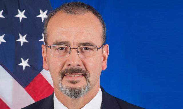 entoni godfri, Ambasada SAD