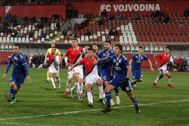 """Fudbaleri Proletera i Radničkog vodiće na """"Karađorđu"""" veliku borbu za bodove Foto: Starsport"""