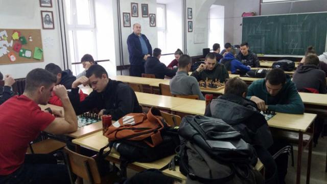 Ж. Марковић/Тителски средњошколци