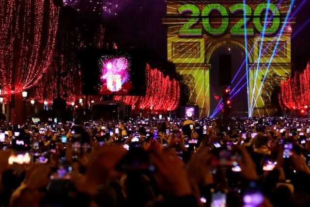 nova godina pariz, tanjug ap