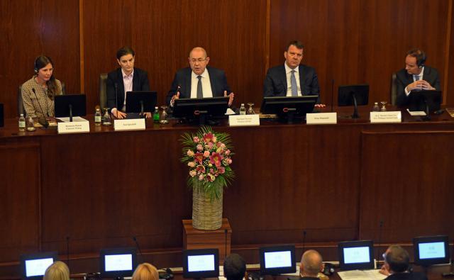 U Skupštini APV pušten u rad sistem e-parlament Foto:skupstinavojvodine.gov.rs