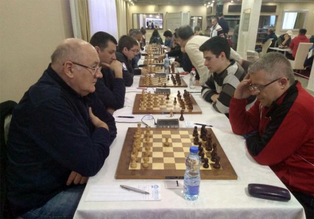 У Новим Бановцима игра се квалитетан шах