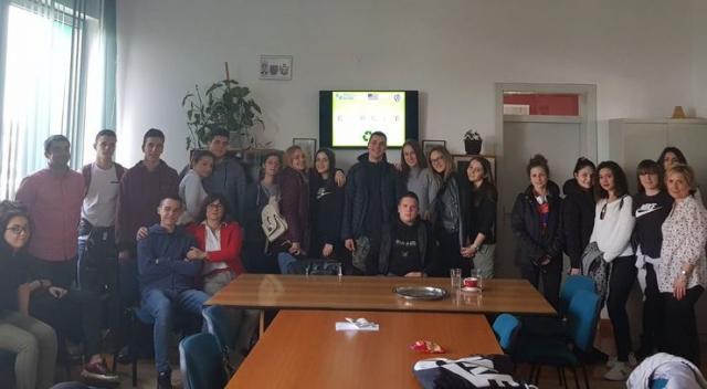 """Predavanje na temu cirkularne ekonomije održano je u Srednjoj tehničkoj školi """"Pavle Savić"""" Foto: Dnevnik.rs"""