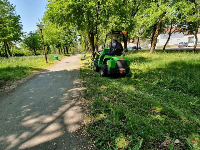 Општина Шид/ Пролећно уређење зеленила
