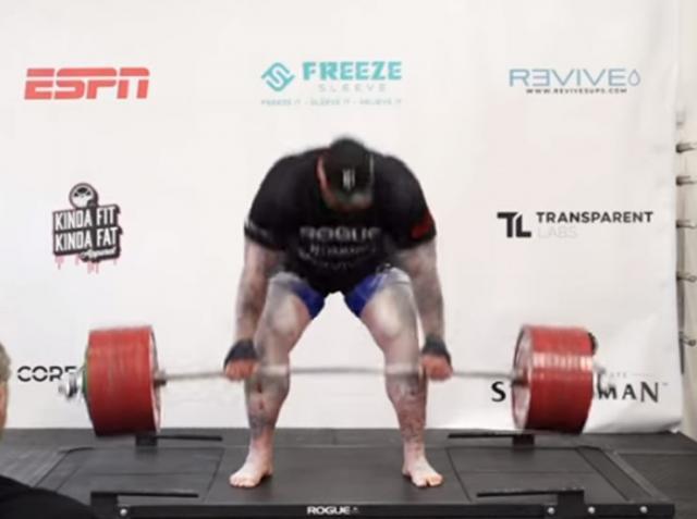 Haftor Bjornson oborio je svetski rekord u dizanju tegova podigavši teg težak 501 kilogram  Foto: Youtube/printscreen