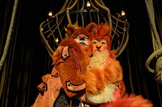 """Iz predstave Pozorišta mladih """"Lepotica i zver"""" Foto: Pozorište mladih"""