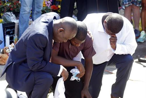 Flojdov sin održao govor na mestu očeve pogibije  Foto: AP Photo/Jim Mone