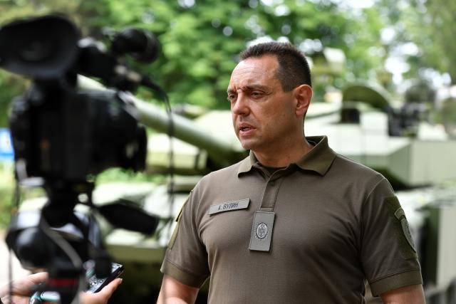 aleksandar vulin, Ministarstvo odbrane