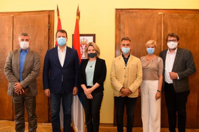 Predsednik sastanak sa Hrvatskim nacionalnim savetom