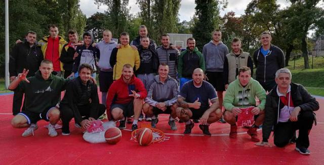 Приватна архива/Сремскокарловачки баскеташи