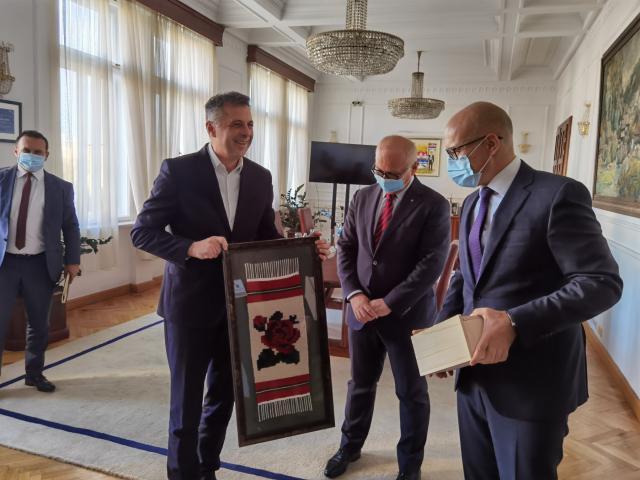 Igor Radojičić, Goran Vesić i Miloš Vučević Foto:novisad.rs