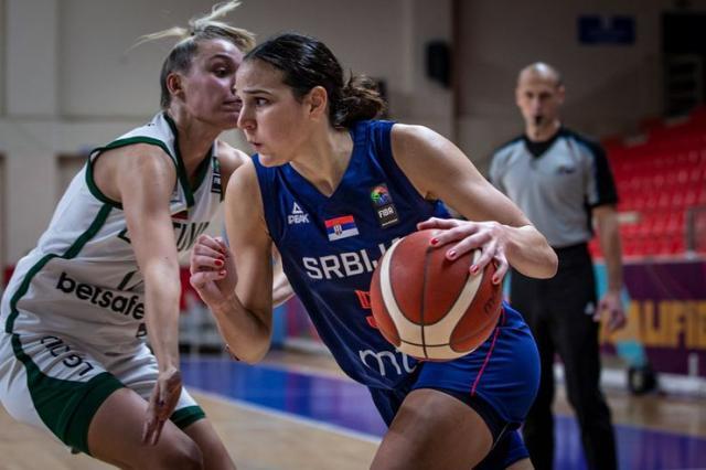 Sonja Vasić blistala na utakmici sa Litvanijom Foto: FIBA
