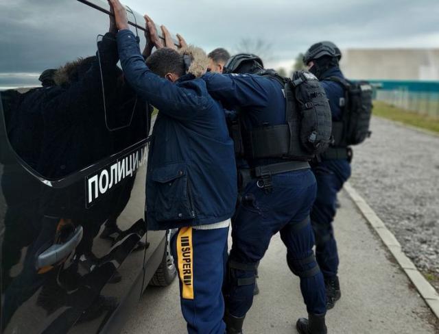 Akcija MUP-a u pronalasku iregularnih migranata  Foto: MUP Srbije